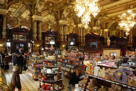Yeliseevsky - Shopping in Moscow