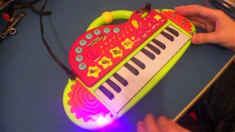 Circuit Bent ELC Song Maker Keyboard by freeform delusion