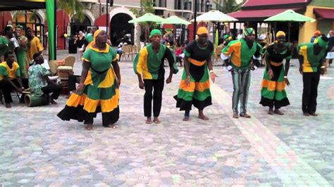Arts - The video above shows a traditional Kumina dance